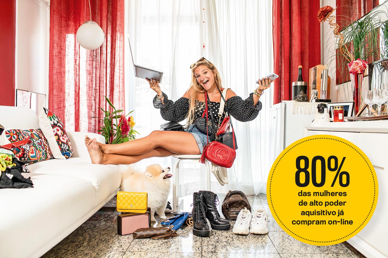 Consumidores de artigos de luxo estão se rendendo ao comércio on-line