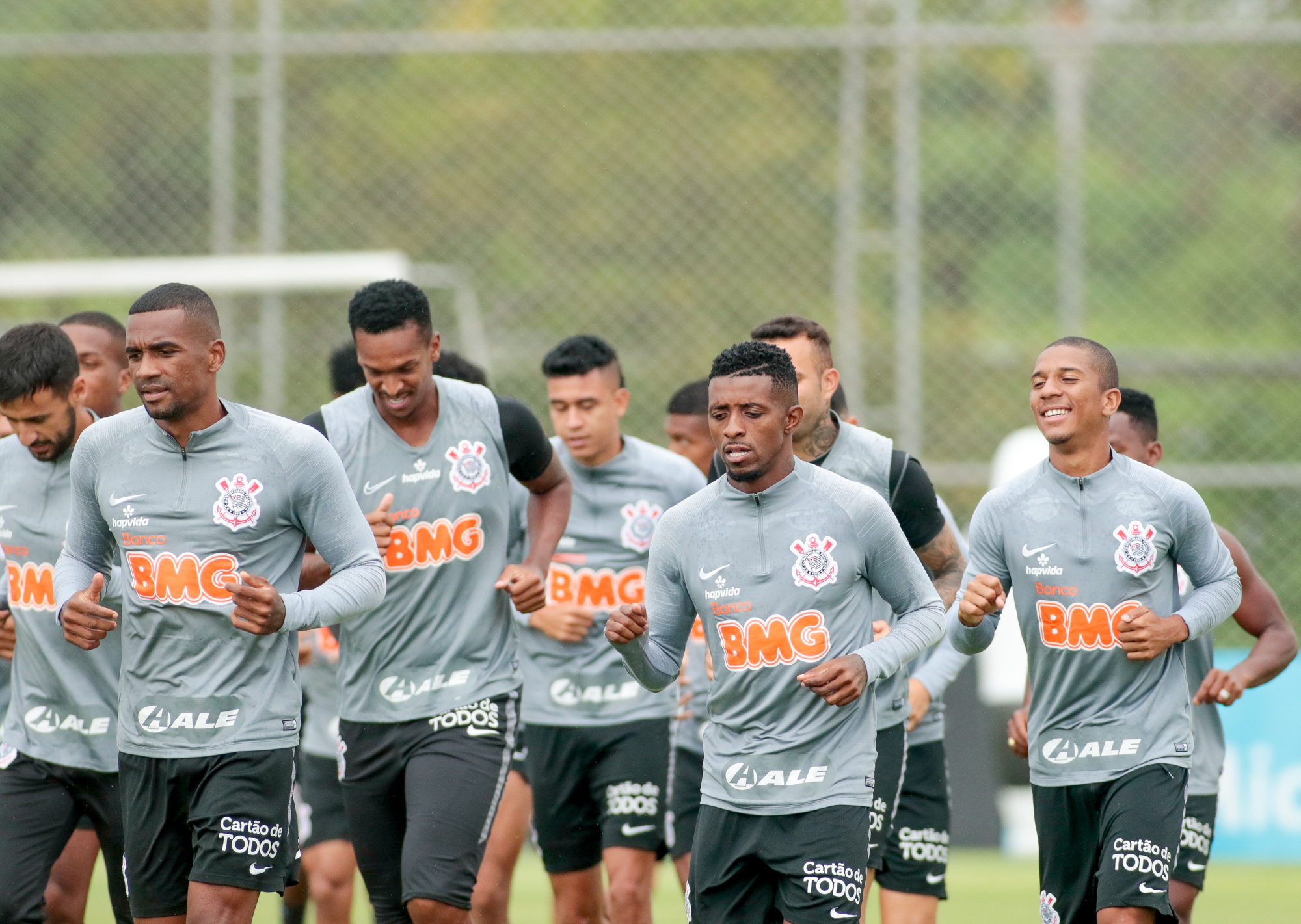 Corinthians tem surto de Covid com dez atletas infectados