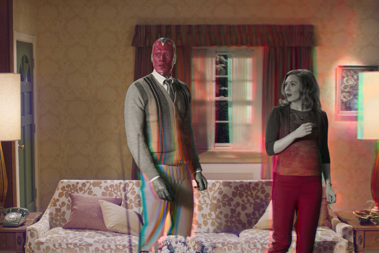Wanda/Feiticeira Escarlate (Elizabeth Olsen e Visão (Paul Bettany) em 'WandaVision' -