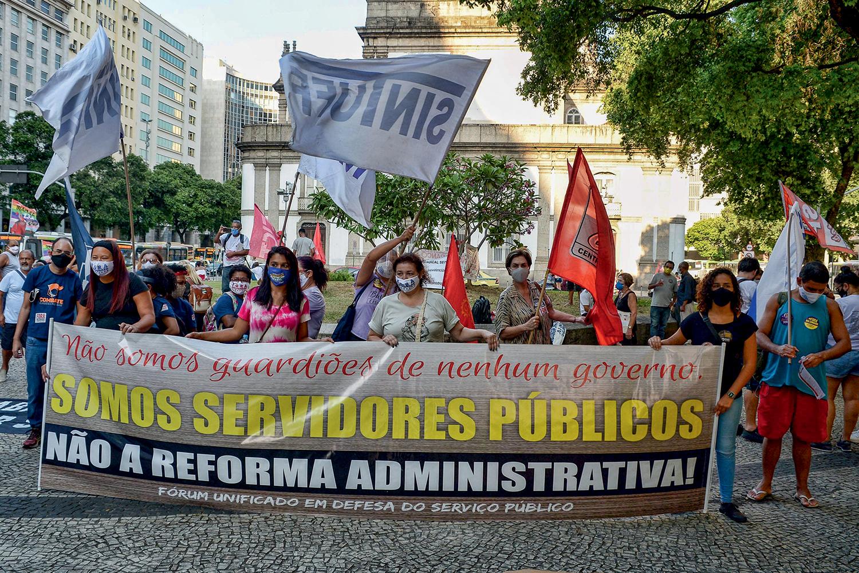 ESTADO MENOR -Servidores: a reforma administrativa, que ainda enfrenta resistência, é um dos primeiros itens da pauta -