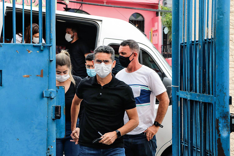 CAOS -David Almeida: em meio à crise, o MP pediu a prisão do prefeito de Manaus -