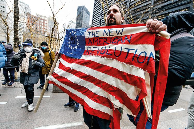 """EM NOVA YORK -Exagero: manifestante fala em """"nova revolução"""" -"""