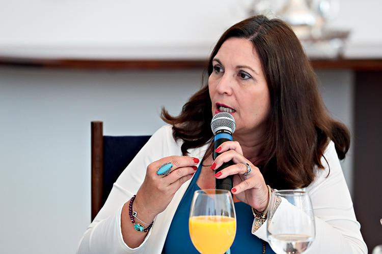 CONTESTADA - A deputada Bia Kicis, difusora de inverdades e postulante à CCJ: forte resistência entre colegas na Câmara -