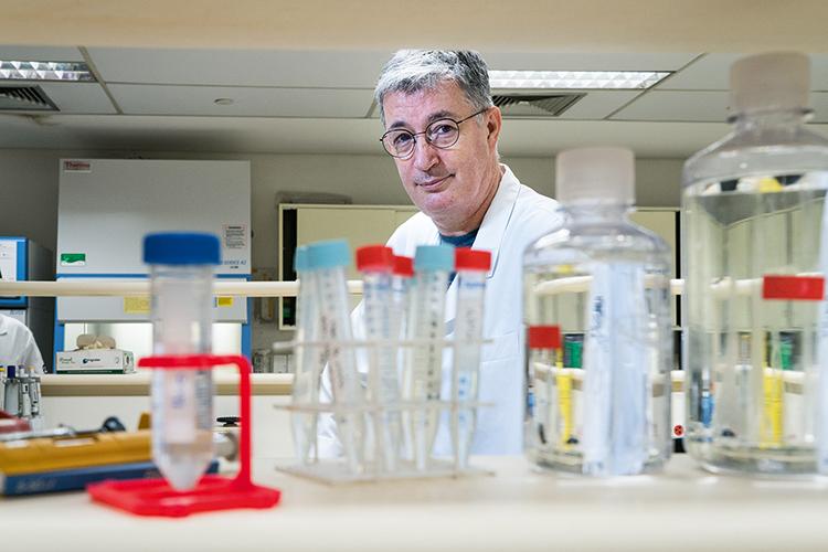 IMUNIZAÇÃO -Luiz Vicente Rizzo, pesquisador: estudos com vacinas -