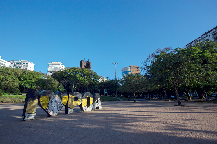 FECHADO- Parque em Porto Alegre: a aposta foi no isolamento por regiões -