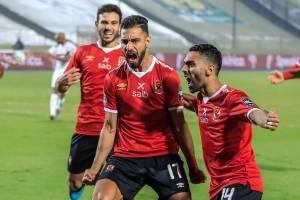 Amr El Solia, do Al Ahly, comemorando gol pela equipe egípcia -