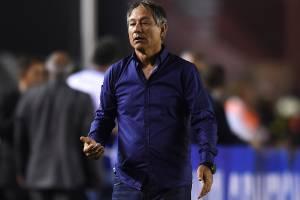 Ariel Holan, no jogo de ida da final da Copa Sulamericana de 2017, entre Independiente e Flamengo, no Estadio Libertadores de America -