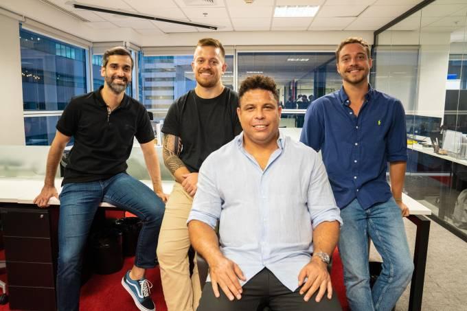 Ronaldo e os sócios na sede da Octagon