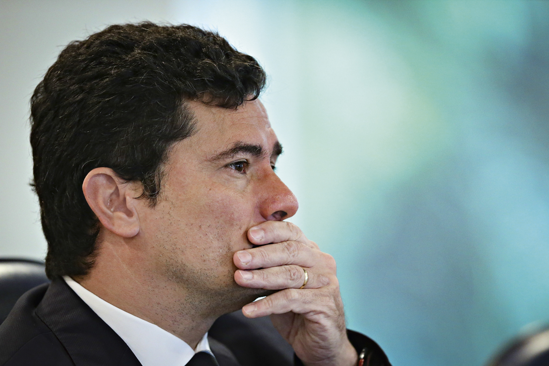 MOMENTO RUIM- Moro: novas mensagens dão impulso à tese de suspeição -
