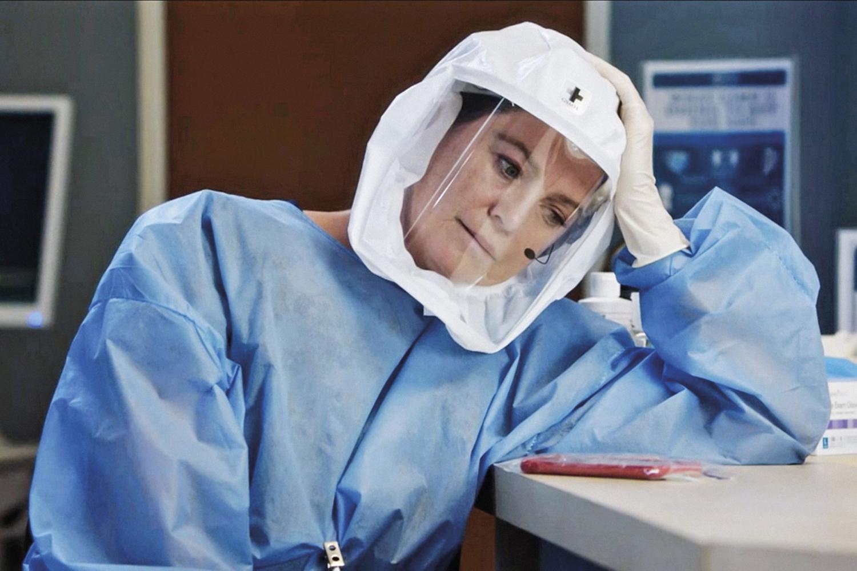 LINHA DE FRENTE -Ellen Pompeo em Grey's Anatomy: heroína com Covid-19 -