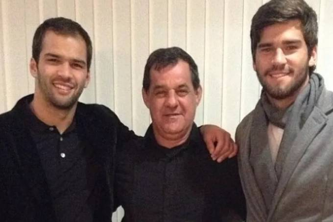 Muriel, José Agostinho e Alisson, em foto postada pelo goleiro da seleção