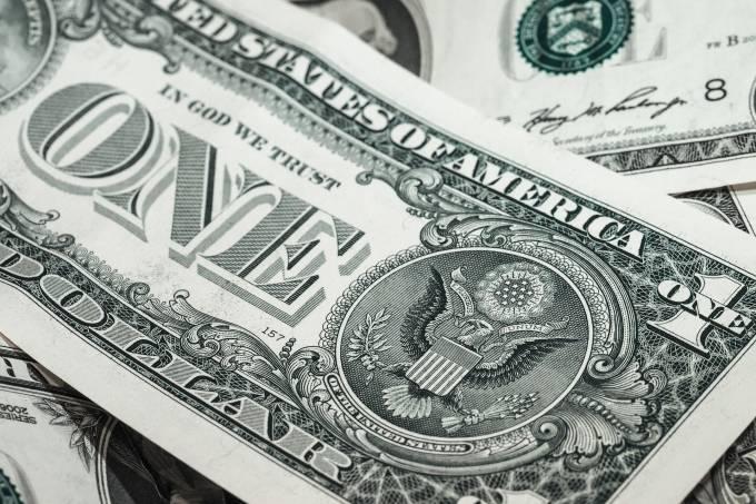 bank-notes-941246_1920