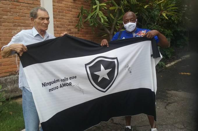 Ex-goleiro Manga e Paulo Cezar Caju no Retiro dos Artistas