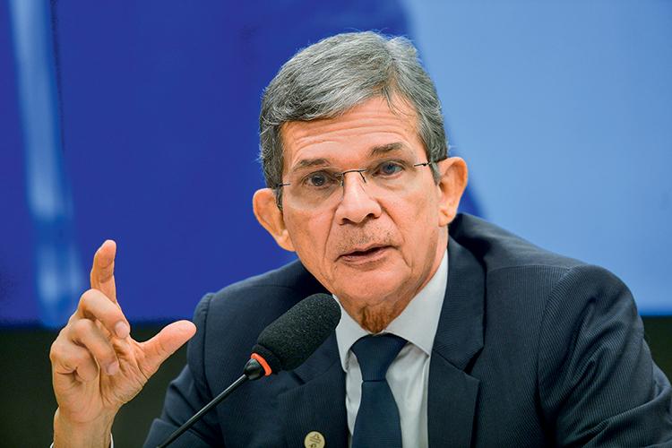 NOVO COMANDO -Silva e Luna: difícil missão de resgatar a imagem da Petrobras -