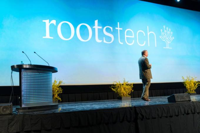 rootstech-speaker-on-stage