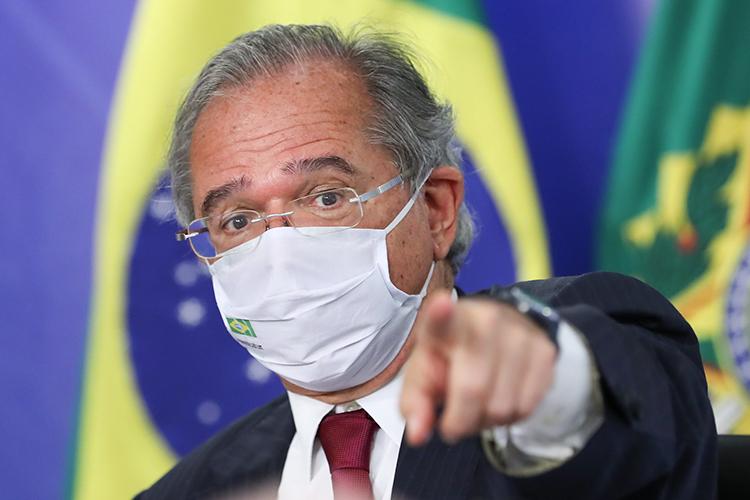 A fúria de Paulo Guedes no gabinete de Jair Bolsonaro