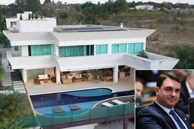 Mansão comprada por Flávio Bolsonaro Foto: Reprodução