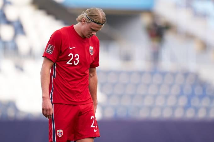 Decepção: com Erling Haaland apagado, Noruega perdeu por 3 a 0 para a Turquia, em Málaga