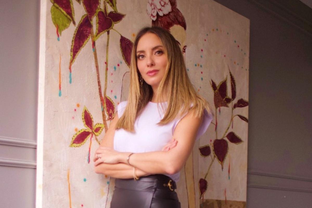 Influenciadora Lelê Saddi investe em educação online