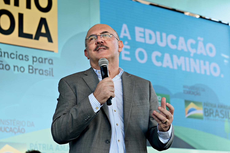 NO COMANDO- O ministro Ribeiro: empenho em divulgar a visão evangélica -