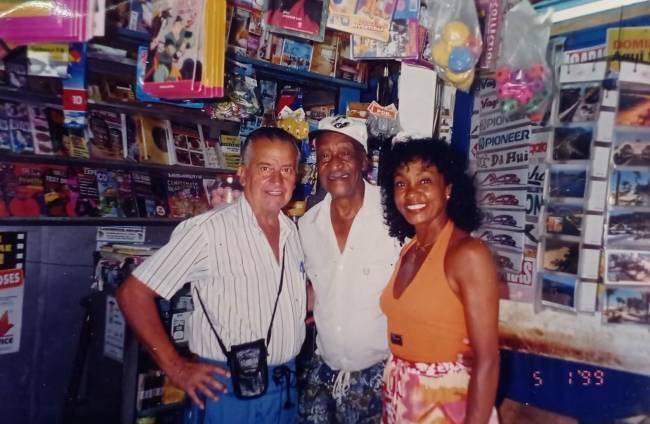 Na banca de jornal no bairro Ocian, na Praia Grande, onde trabalhou fazendo jogos do bicho –