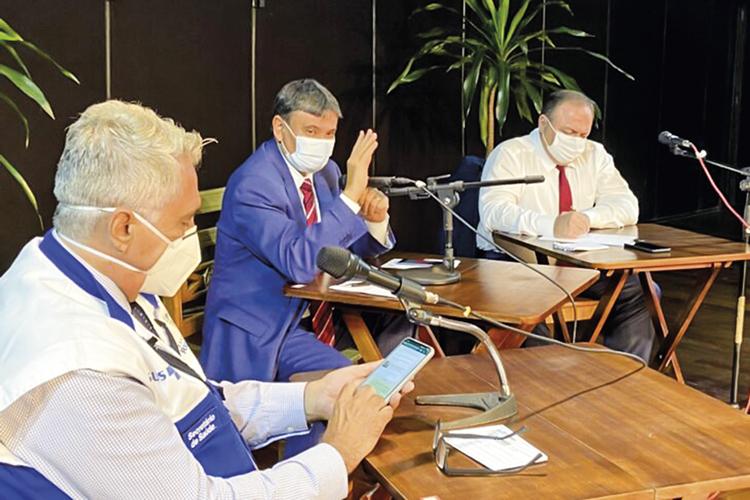 PAZ -Wellington Dias e Pazuello: encontro no Rio serviu para aparar arestas -