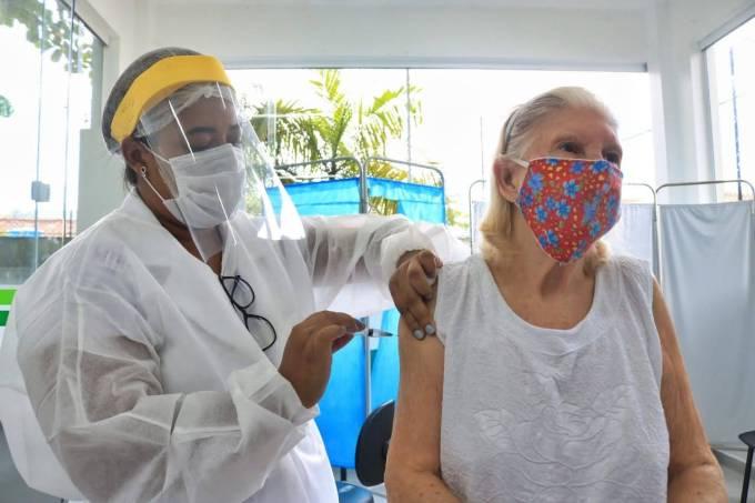 Vacinação Covid Santos