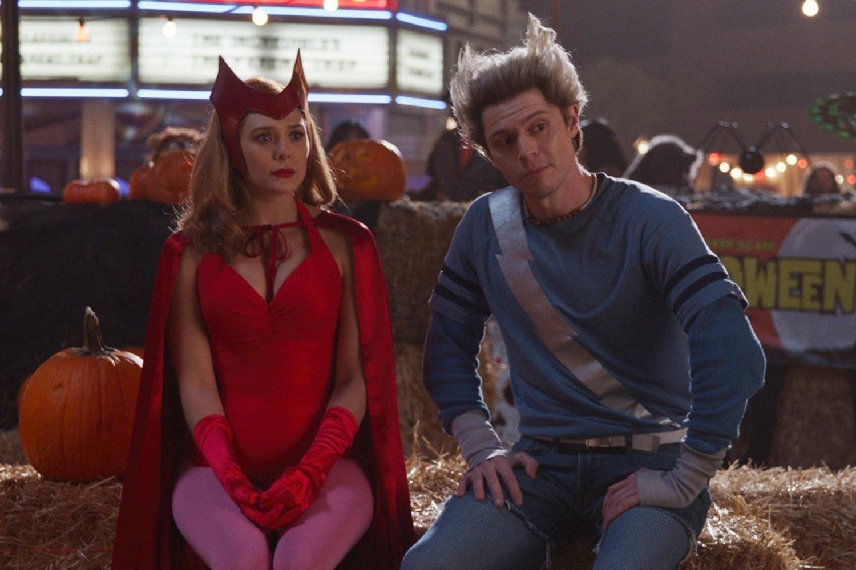 Wanda (Elizabeth Olsen) e Pietro (Evan Peters) em 'WandaVision' -