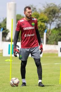 Walter preteriu outros clubes para acertar com o Cuiabá em março –