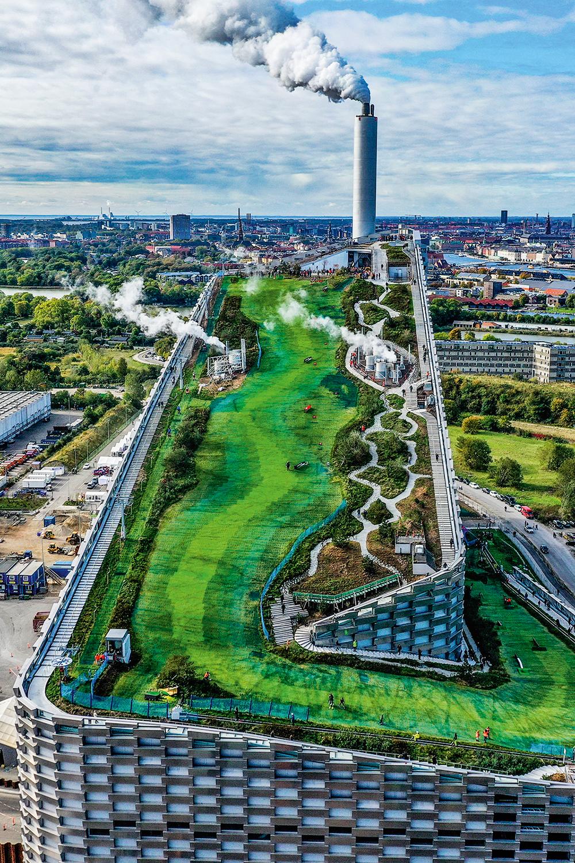 INOVAÇÃO -O CopenHill, em Copenhague: energia não poluente e pista de esqui -