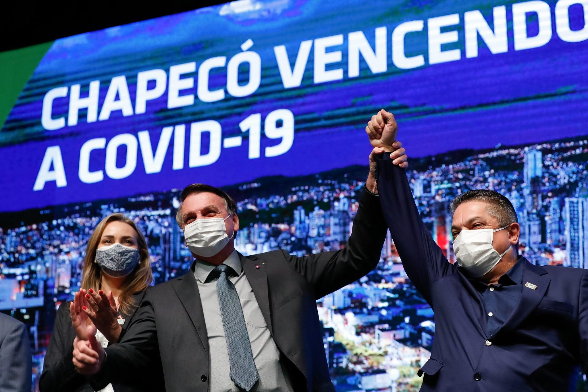 Bolsonaro e aliados alavancam difusão do 'tratamento precoce' no Twitter