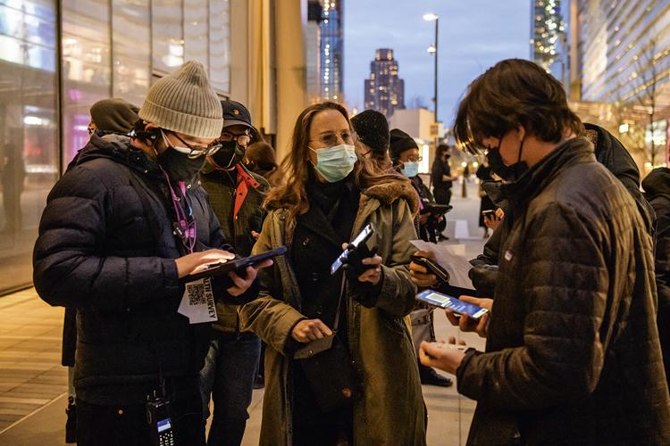 RECOMEÇO -Nova York: o Excelsior Pass, já em vigor, libera a presença de vacinados em locais com grande público -