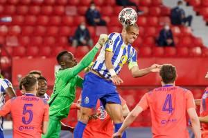 Chelsea bateu o Porto por 2 a 0 em Sevilha -