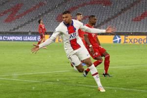 Mbappé marcou 2 gols no duelo de ida pela Champions League -