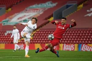 Real segurou o empate com o Liverpool, no Anfield Road -