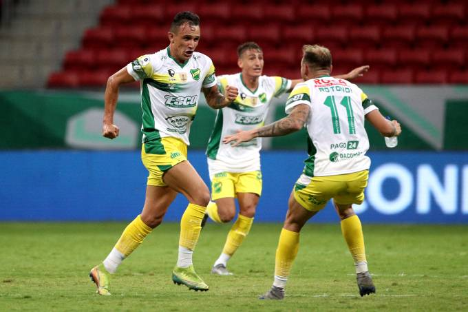 Palmeiras v Defensa y Justicia – Conmebol Recopa