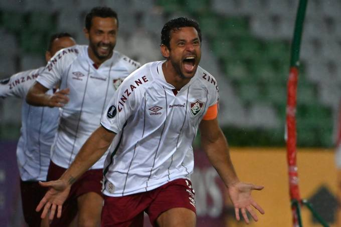 Fred, do Fluminense, comemora gols contra o Santa Fe