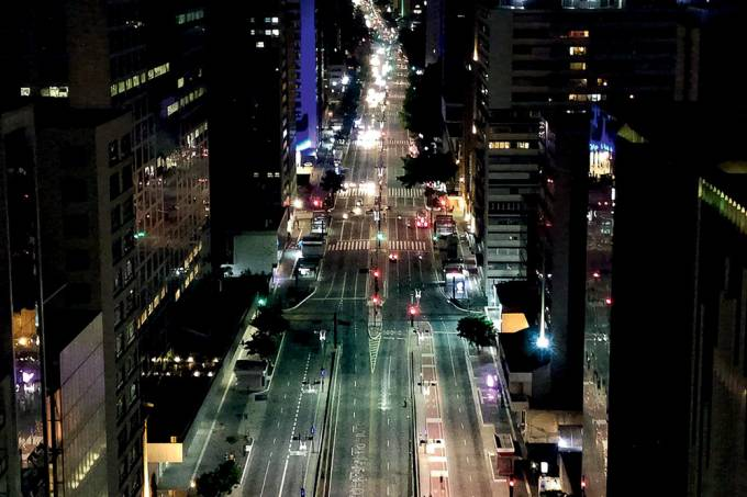 Vista aérea da Avenida Paulista Fase emergencial