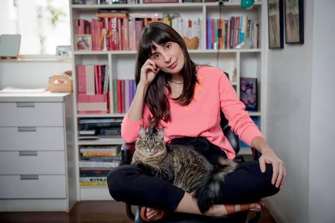 São Paulo, SP 13- 04 – 2021 Camila Fremder escritora, Foto Antonio Milena.