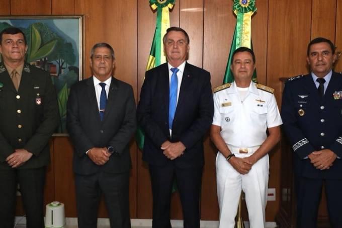 jair-bolsonaro-forcas-armadas
