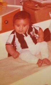 Raoni Medina, ainda bebê, já com a camisa do Santos