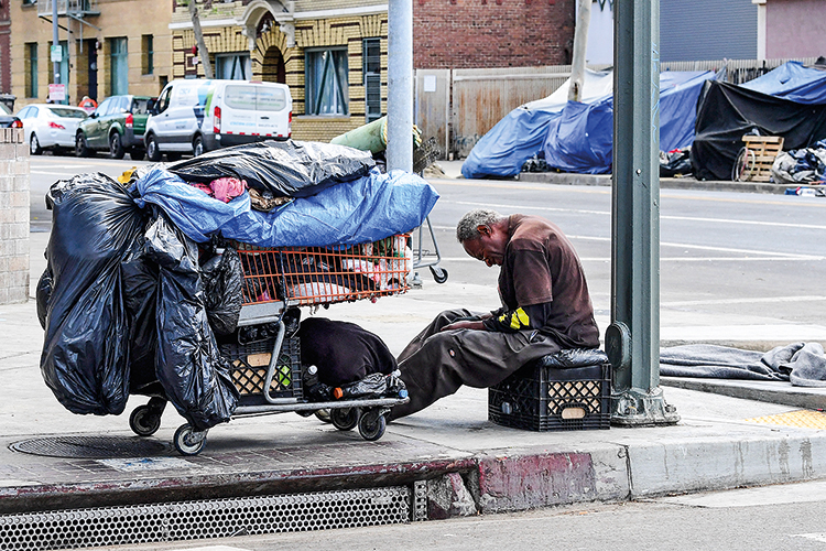DESIGUALDADE - Morador de rua: proposta do governo distribui recursos para facilitar a inclusão das minorias -