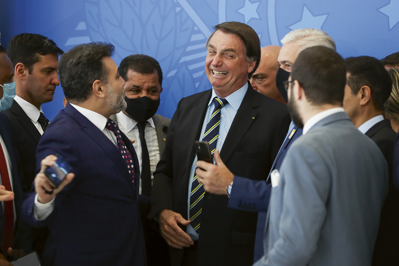 ERRO -Bolsonaro: segundo Wajngarten, informações distorcidas eram levadas ao presidente -