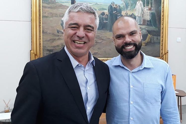 Bruno Covas ao lado do senador Major Olímpio, que morreu este ano em decorrência da Covid-19 -