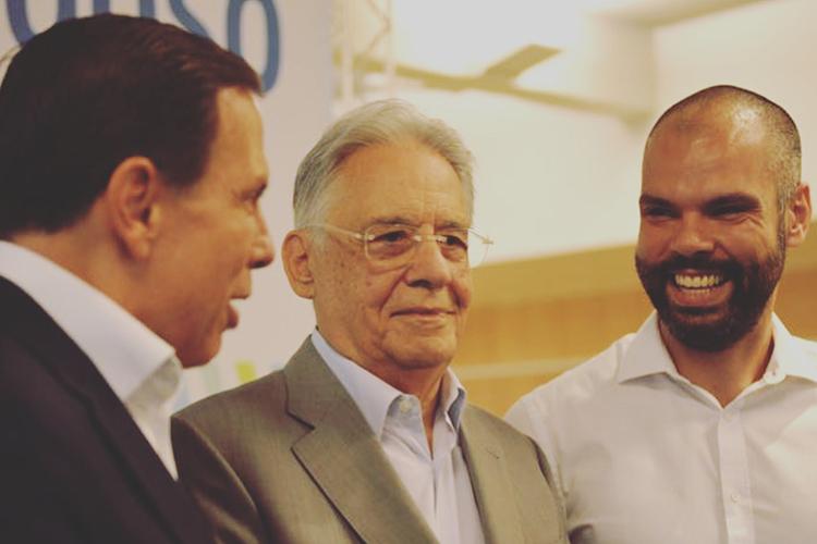 Bruno Covas, ao lado de João Doria e Fernando Henrique Cardoso, em 2018 -