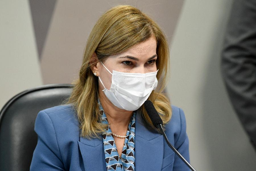 A secretaria do Ministério da Saúde Mayra Pinheiro durante depoimento à CPI da Pandemia 25/05/2021 -