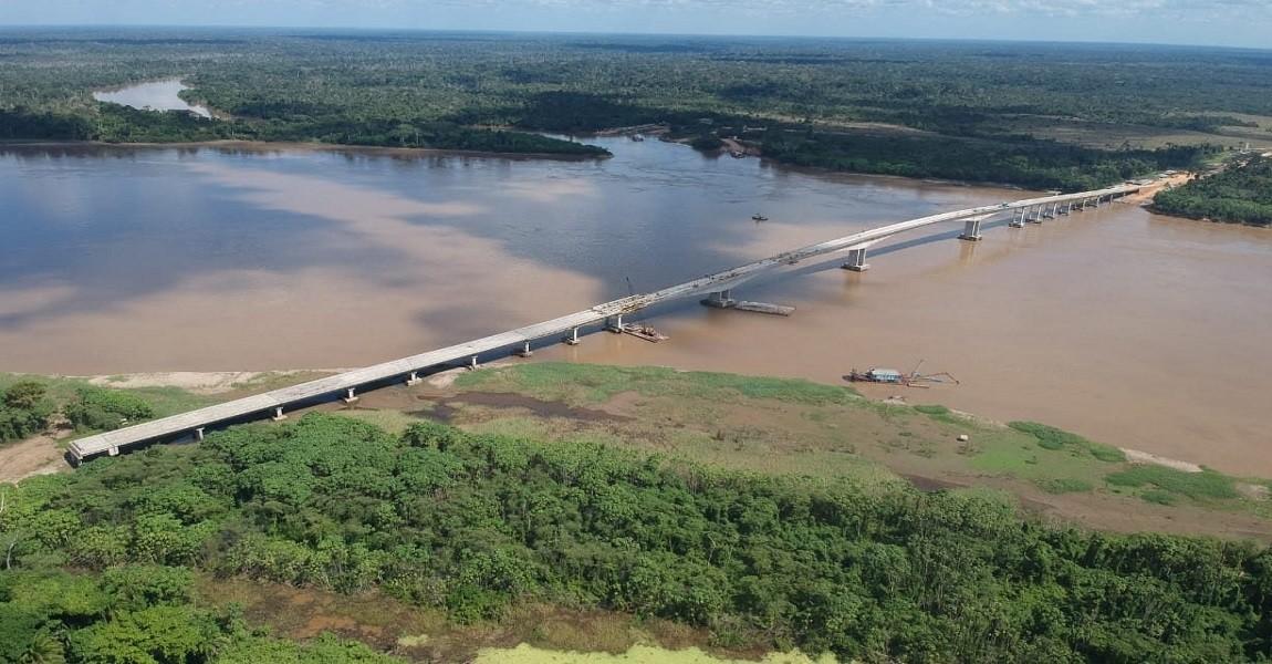 Bolsonaro vai inaugurar ligação por terra entre Acre e Rondônia | VEJA