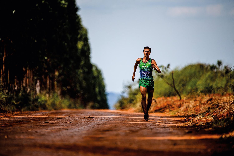 Caio Bonfim, 30, competidor da marcha atlética -