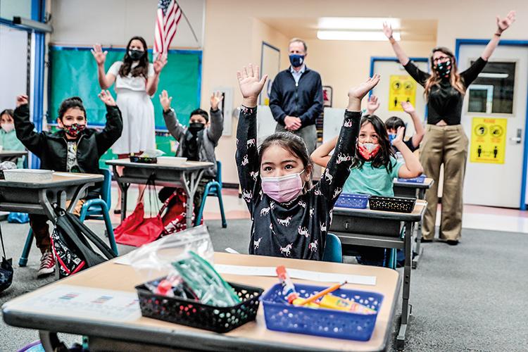 EDUCAÇÃO -Mais acesso: projeto prevê aulas gratuitas para crianças até 3 anos e para jovens que entram na universidade -