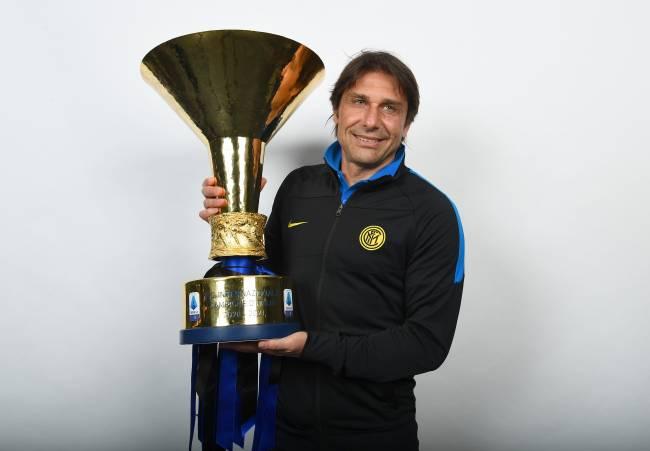 Campeão italiano, Conte não permaneceu na Inter de Milão -